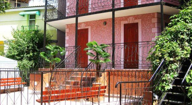 Мини Отель Розовый Фламинго