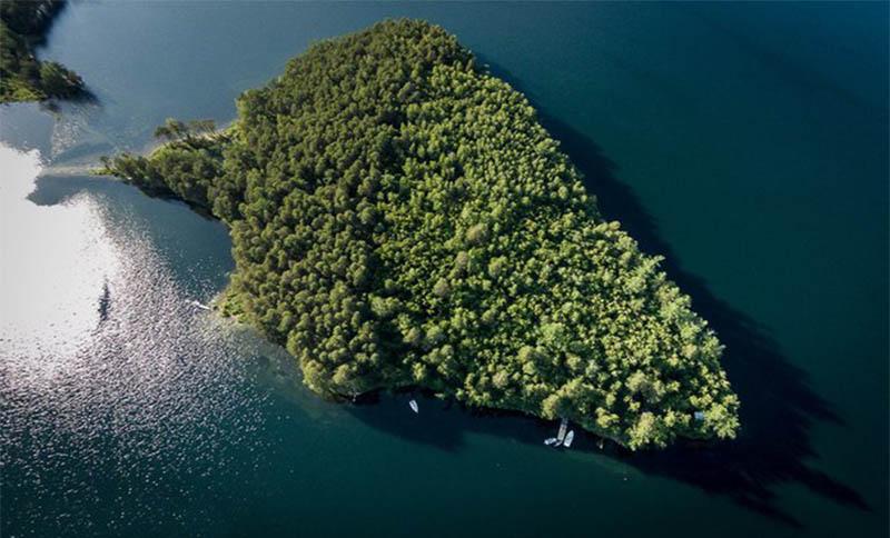 Экскурсия: Миасс, озеро Тургояк и остров Веры